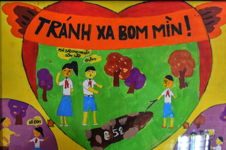 (La misión de Van Lai enseñar a los niños a protegerse de una tragedia como la suya)
