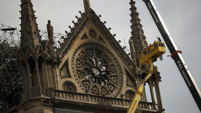 """""""Prioridades equivocadas"""": Anonymous manda un mensaje a los multimillonarios que donaron a Notre Dame"""