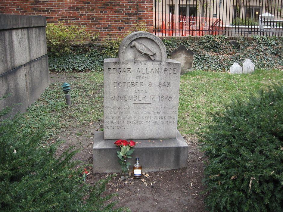 La tumba del escritor Edgar Allan Poe en Baltimore
