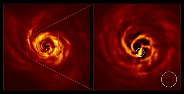Ampliación de la imagen del espiral formado alrededor de la estrella AB Aurigae. En un círculo donde estaría el nuevo planeta