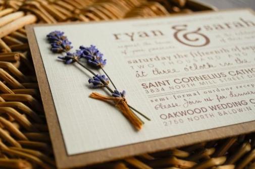 invitacion-de-boda-realizada-en-papel-kraft-y-con-un-toque-d-88303