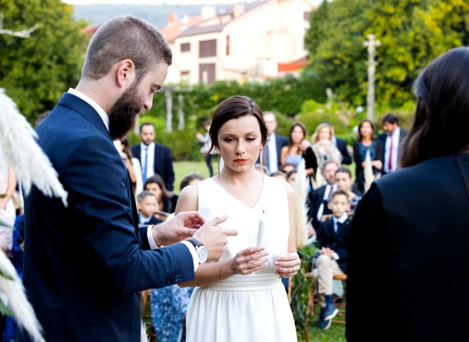 Ceremonia de la vela - Una boda con plumeros