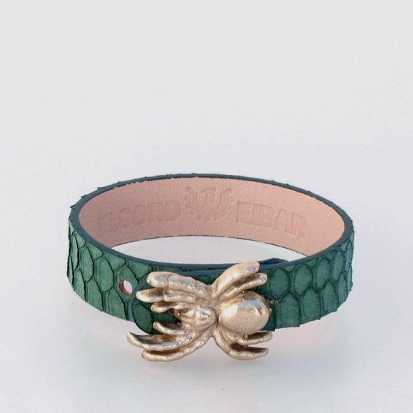 brazaletes de piel verde