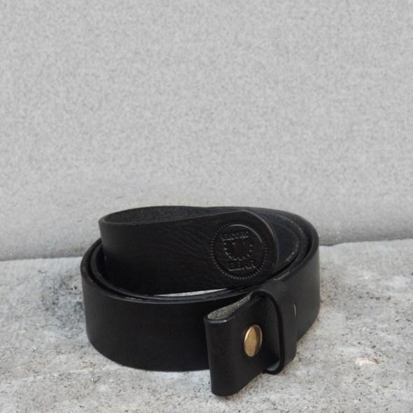 Cuero de cinturón Negro