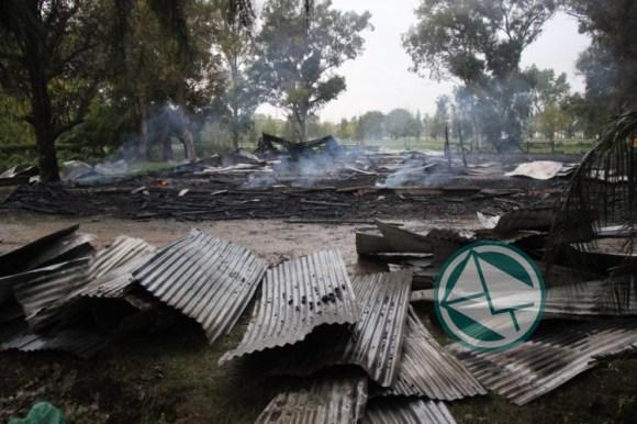 ataque a cabañas Parque Martin Rodriguez 2