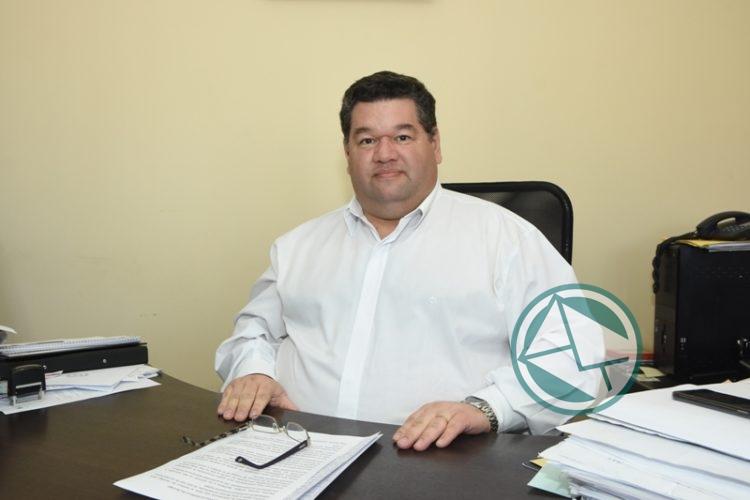 Nedela tiene un sueldo por la Ley de Municipalidades de 205.000 pesos mensuales
