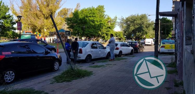 El Municipio de La Plata sigue cazando autos con Uber y remises sin licencias