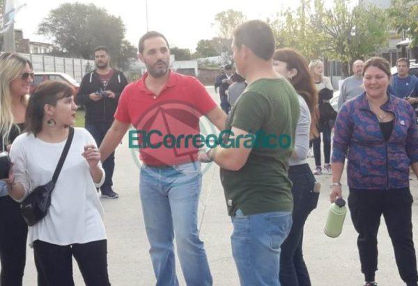 Mincarelli caminó con su propuesta electoral por El Camen 02