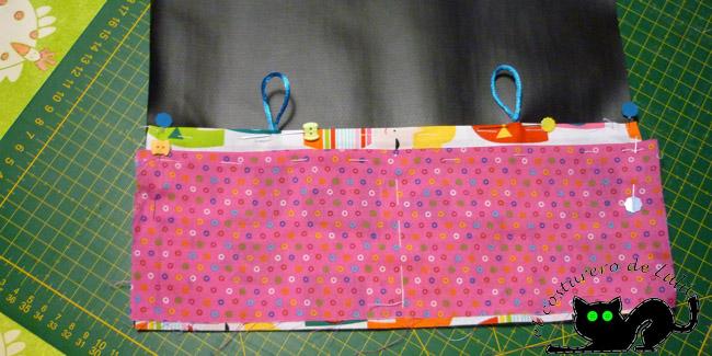 Colocamos las telas para formar los bolsillos