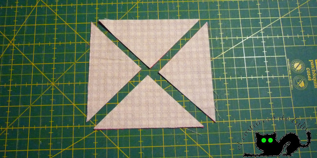 Cortamos las diagonales de los cuadrados