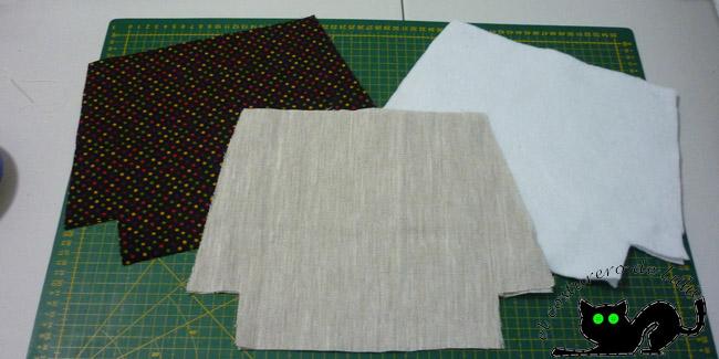 Cortamos las telas que usaremos para nuestro neceser