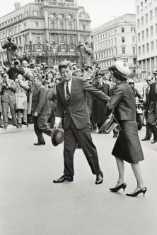 Meneses: Kennedy
