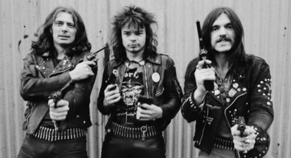 Desde su fundación en 1975, su bajista y cantante, Lemmy Kilmister (derecha), ha sido el único miembro estable de la banda.