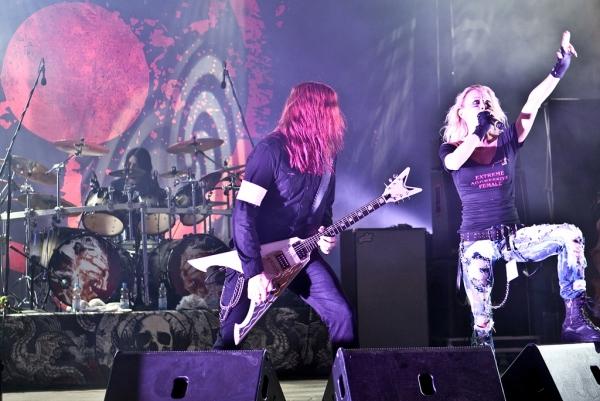 Arch Enemy dando un concierto en Alemania Foto: Andreas Krispler.