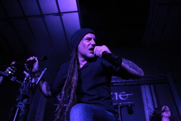 Glanzz... vocalista de Eluveitie. Foto: Antonio Álvarez / El Descafeinado.
