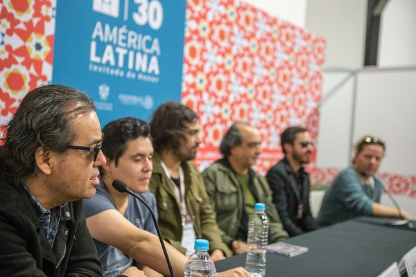 Integrantes de 'Noche profunda': José Manuel Aguilera, Jun Cirerol, Luis Humberto Navejas, Jaime López, Adolfo Romero Emick Romero. Foto: FIL/Bernardo De Niz.