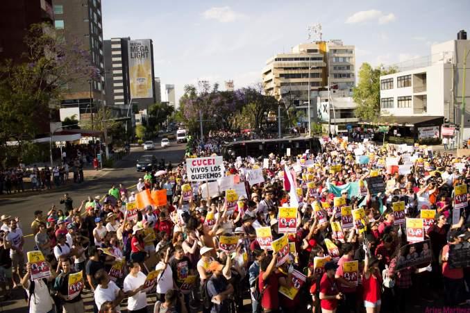 Manifestación por estudiantes desaparecidos