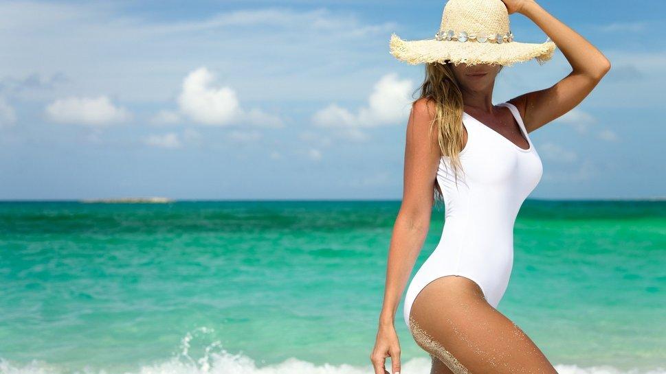 ¡Que la playa y el sol no estropeen tu cabello!