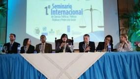 14-04-2016 VP Seminario internacional ciencias politicas, politicas publicas y seguridad Social UASD