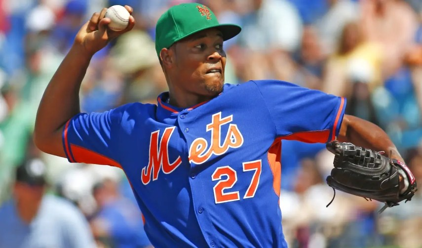 New York Mets relief pitcher Jeurys Familia (27) works in the eighth inning of an exhibition spring training baseball game against the Miami Marlins Tuesday, March 17, 2015, in Port St. Lucie, Fla. New York won 6-4. (AP Photo/John Bazemore)