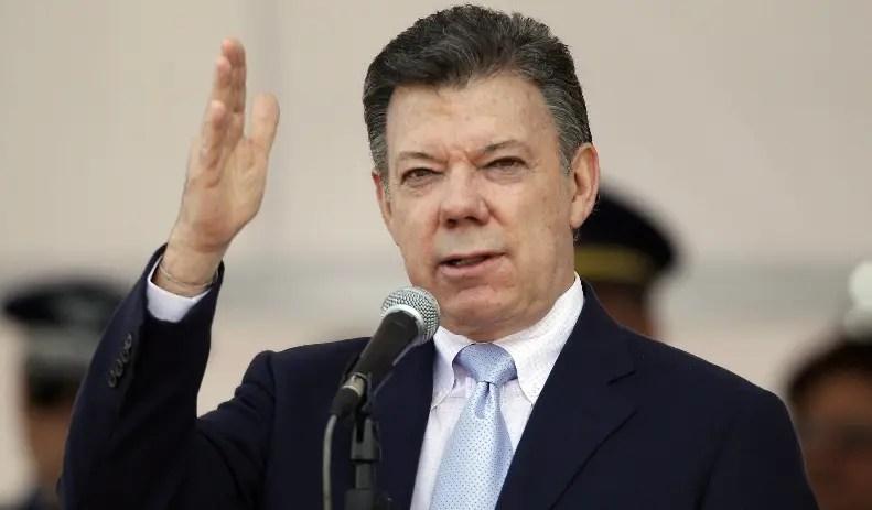 Donald Trump y Juan Manuel Santos sostendrán conversación telefónica este sábado