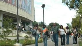 Estudiantes UASD.