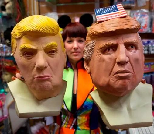 Resultado de imagen para Trump se cuela en el carnaval brasileño