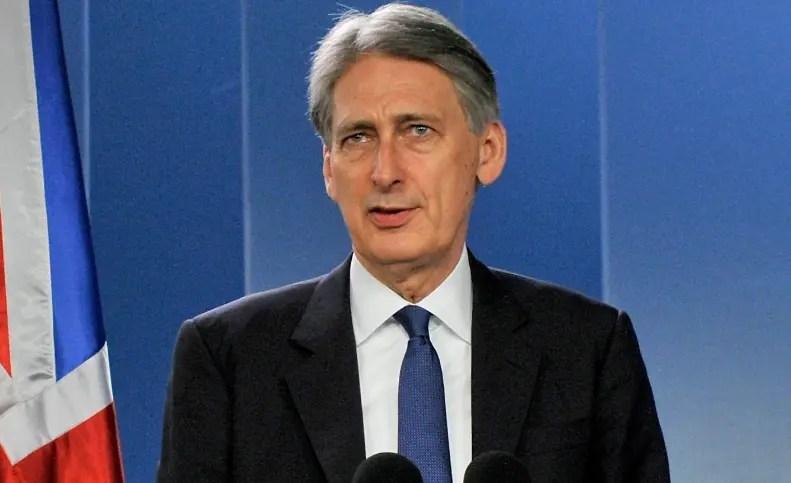 Reino Unido revisa al alza crecimiento económico para 2017