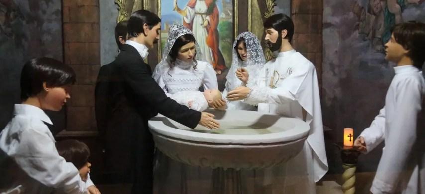 Una de las exposiciones que muestra el bautizo de Duarte que puede ser disfrutada por visitantes.