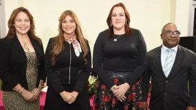 Yira Basilis, Nikauly de la Mota, Janet Camilo y Olivo de León.