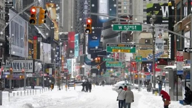 Alerta en Nueva York por llegada de tormenta de nieve