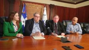 Los ejecutivos de la firma norteamericana fueron entrevistados ayer en Procuraduría.