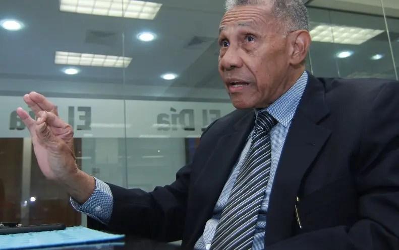 El pastor Ezequiel Molina Rosario ha sido llamado a consulta por diferentes gobiernos para que les ayude en situaciones puntuales que afectan al país.