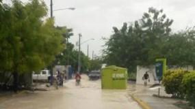 En Polo, Barahona hay varias comunidades inundadas.