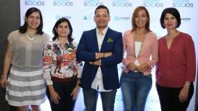 Raquel Cueto, Maricarmen Ramos, Edison Santos, Yadhira Pimentel y Mercedes Ramos.