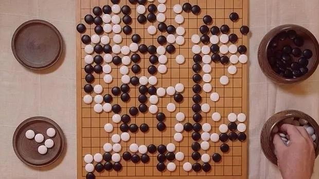 AlphaGo, el superordenador que derrota a genio chino