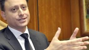 Jean Alain Rodríguez ratifica compromiso contra el lavado