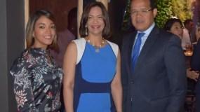 Betty Soto, Wanda Perdomo y  Marcos Peña.