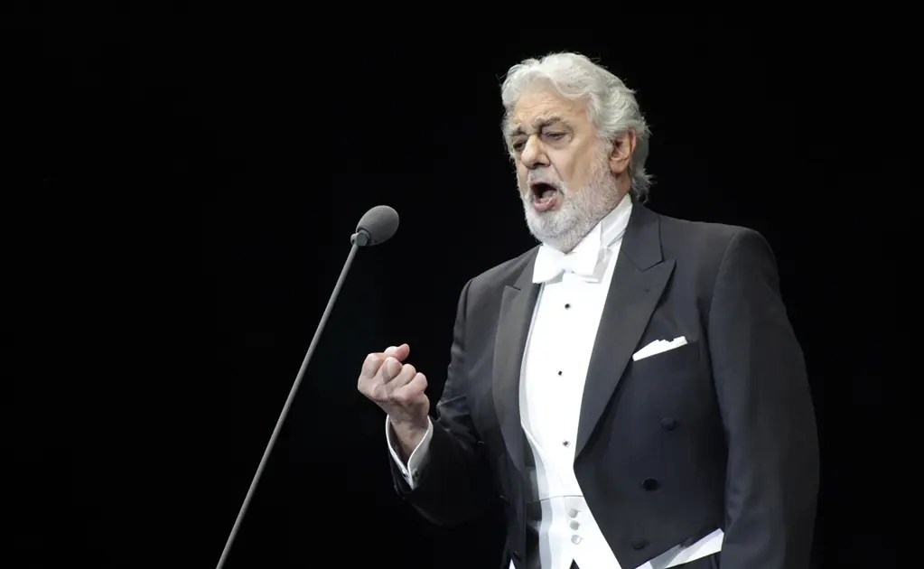 Plácido Domingo saluda a AMLO en Durango