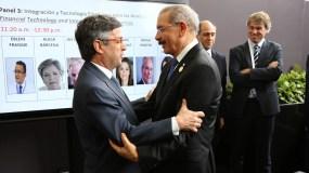 El presidente Danilo Medina compartió con el presidente del Banco Interamericano de Desarrollo (BID), Luis Alberto Moreno, en Perú.