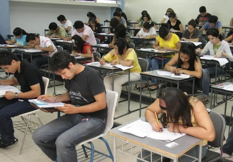 Muchos dominicanos han estudiado en Taiwán.  Archivo