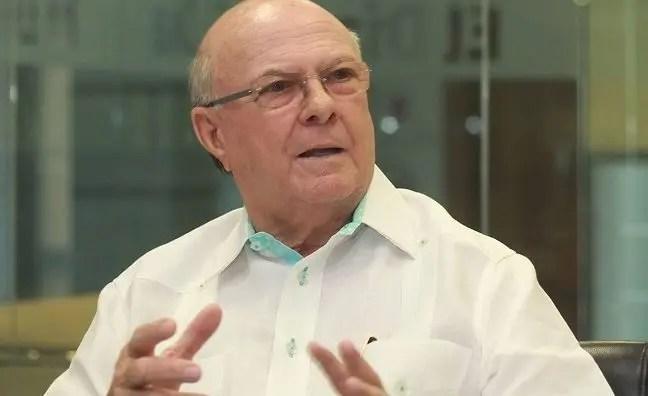 Hipólito reafirma rechazo a que se modifique la Constitución; dice no se involucrará en conflictos de otros partidos