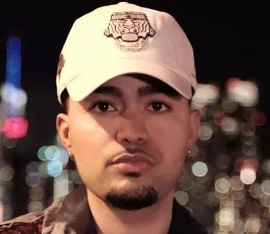 El cantante de música urbana Young  Jamal.