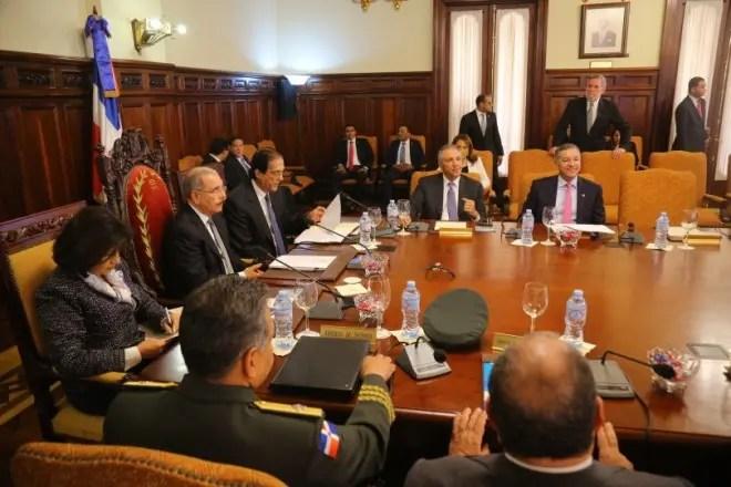 La reunión se realizó en el salón de Consejo de Gobierno del Palacio Nacional