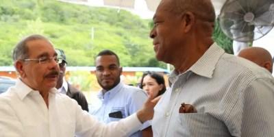El Presidente se reunió con campesinos del sur.  fuente externa