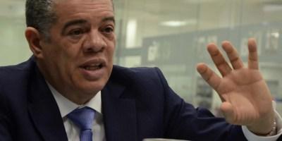 Carlos Amarante   asegura que al país no le  hacen falta mesías,   salvadores ni radicales, sino líderes que  apuesten   al desarrollo y democracia. JOSÉ DE LEÓN