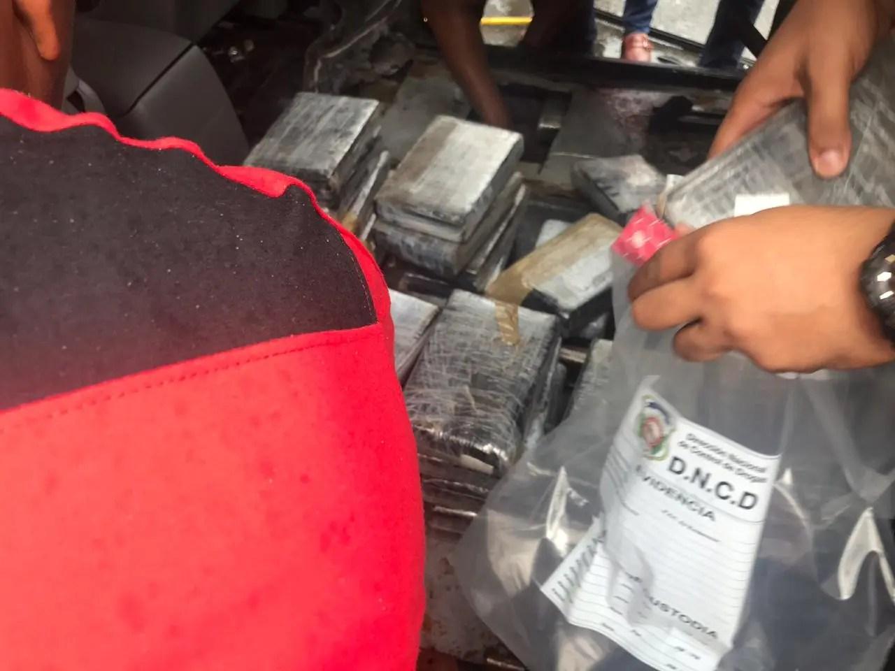 DNCD ocupa 91 kilos de cocaína en provincia Duarte