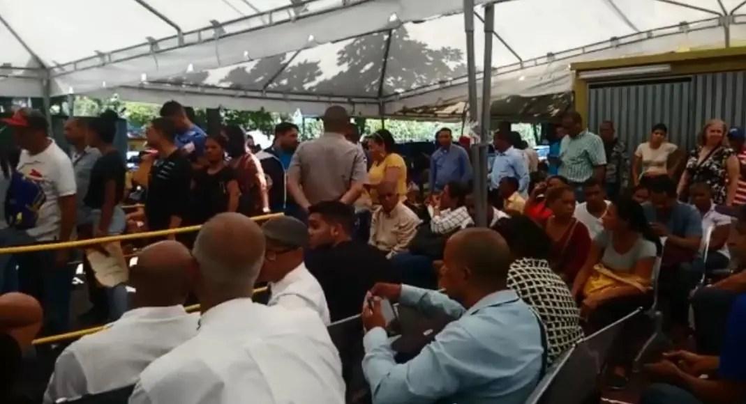 Usuarios denuncian precariedades en servicios ofrece la JCE en el Distrito Nacional