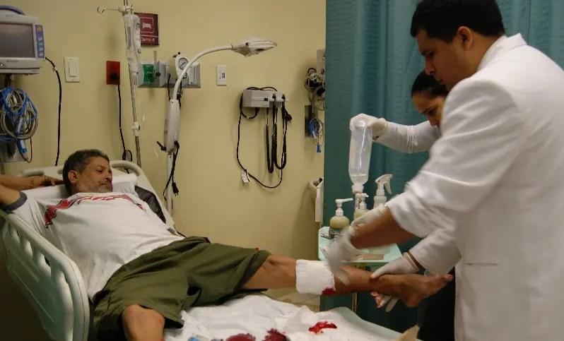 Hospital capacita a cirujanos en traumas