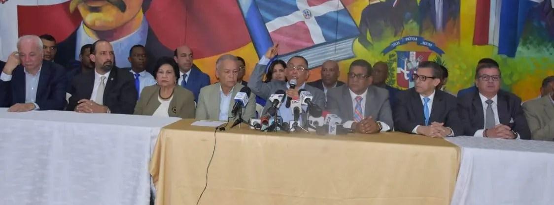 """Equipo de Leonel: """"En la transmisión de datos de los centros a la JCE ocurrió el fraude"""""""